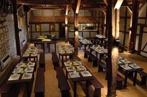 MMI-DAS HOTEL unsere rustikale Party- und Eventscheune für bis zu 100 Personen